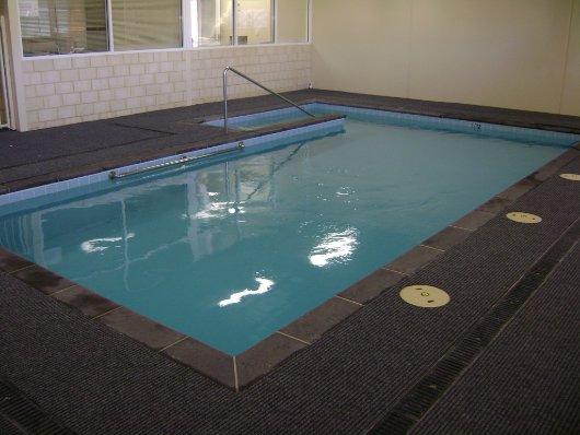 Hydro pool for Hydroponic pool